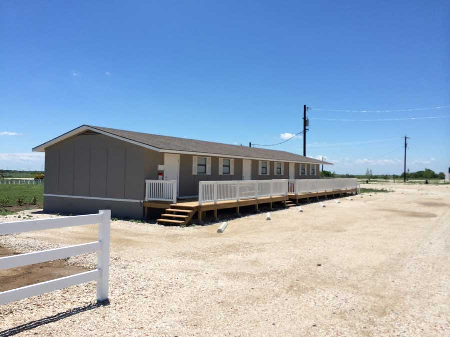 RV Park Pleasanton Texas Club House
